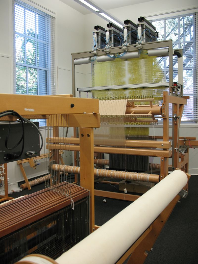 Digital loom